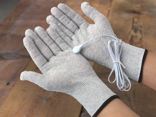ePulse® TENS Massaging Gloves-214